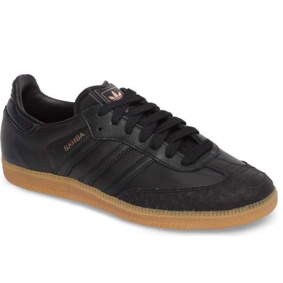 Le Con Adidas Samba Scarpe Nere Con Le Strisce Nere Poshmark 854454